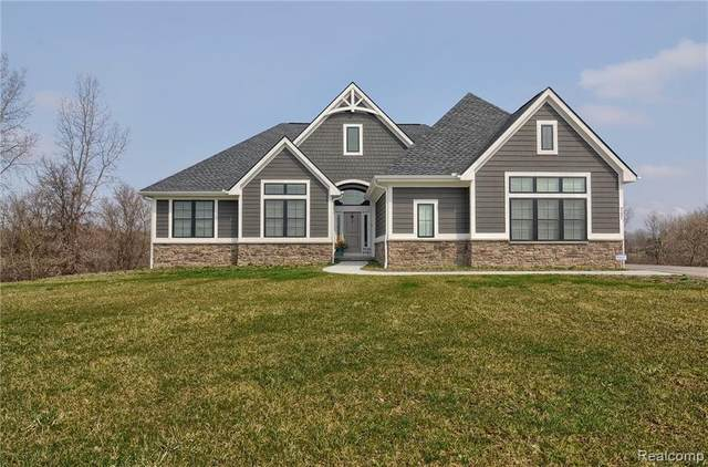 9231 Willowgate, Goodrich, MI 48438 (MLS #2200010087) :: The John Wentworth Group