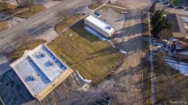 27200 Telegraph, Flat Rock, MI 48134 (MLS #2200012938) :: The BRAND Real Estate