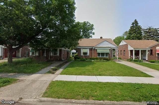 18697 Glastonbury Rd, Detroit, MI 48219 (MLS #2200019279) :: The BRAND Real Estate