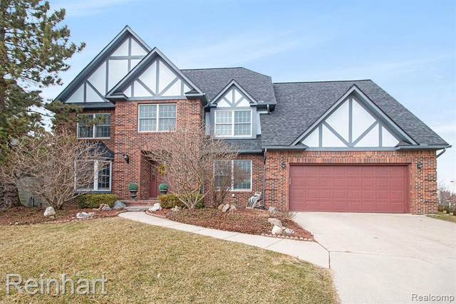 1817 High Pointe Ln, Ann Arbor, MI 48108 (MLS #2200028575) :: The Tom Lipinski Team at Keller Williams Lakeside Market Center