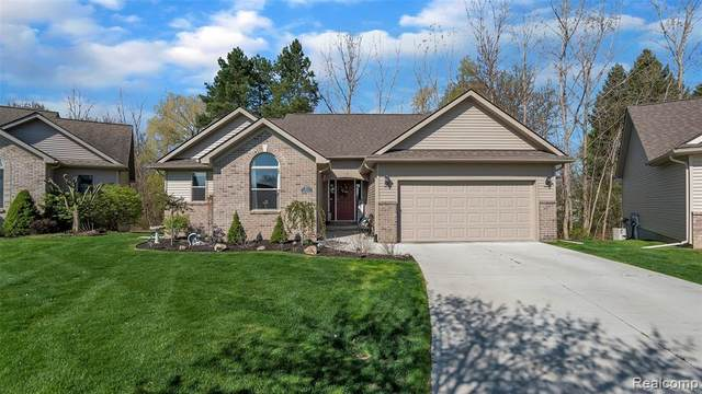 1463 Mallard Court, Burton, MI 48509 (MLS #2200031697) :: The Tom Lipinski Team at Keller Williams Lakeside Market Center