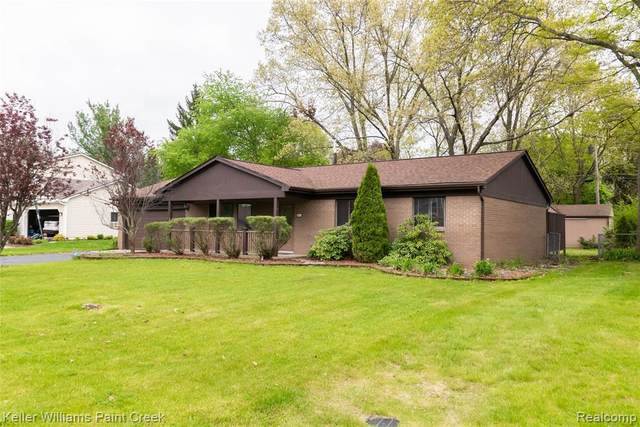 3015 Shewbird, Wixom, MI 48393 (MLS #2200035967) :: The Tom Lipinski Team at Keller Williams Lakeside Market Center