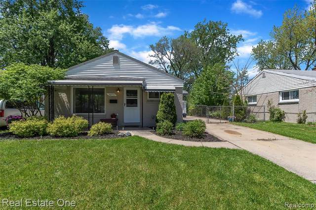 26053 Kathy St, Roseville, MI 48066 (MLS #2200037074) :: The Tom Lipinski Team at Keller Williams Lakeside Market Center