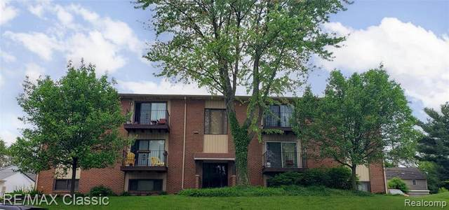 3820 Benjamin Ave Unit#Apt 7, Royal Oak, MI 48073 (MLS #2200037937) :: The Tom Lipinski Team at Keller Williams Lakeside Market Center