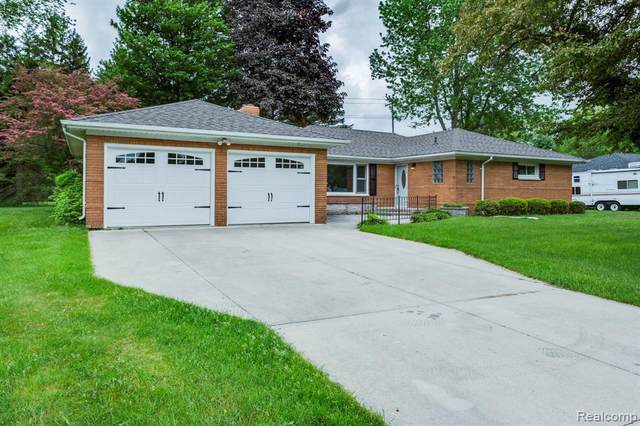 3065 Westhaven Dr., Port Huron, MI 48060 (MLS #2200037422) :: The Tom Lipinski Team at Keller Williams Lakeside Market Center