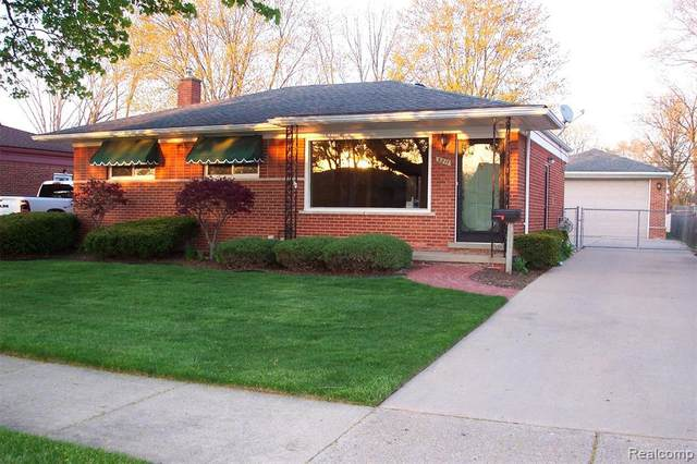 3211 Longmeadow Dr, Trenton, MI 48183 (MLS #2200039579) :: The Tom Lipinski Team at Keller Williams Lakeside Market Center