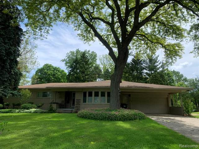 739 Wilwood Rd, Rochester Hills, MI 48309 (MLS #2200040355) :: The Tom Lipinski Team at Keller Williams Lakeside Market Center