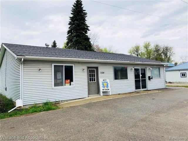 7308 Lakeshore Rd, Lexington, MI 48450 (MLS #2200043119) :: The BRAND Real Estate