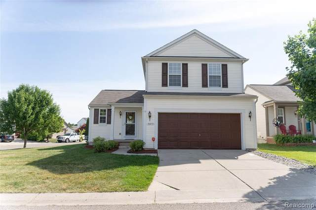 10213 Meadow Crest Crt, Holly, MI 48442 (MLS #2200049078) :: Scot Brothers Real Estate