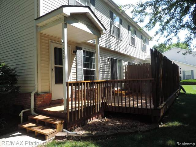 733 Griswold St, Howell, MI 48843 (MLS #2200048584) :: Scot Brothers Real Estate