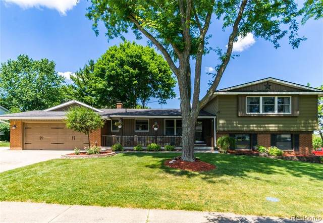 738 Huntington Rd, Grand Blanc, MI 48439 (MLS #2200050751) :: Scot Brothers Real Estate