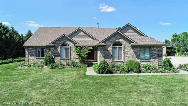8467 Bergin Rd, Howell, MI 48843 (MLS #2200050873) :: Scot Brothers Real Estate