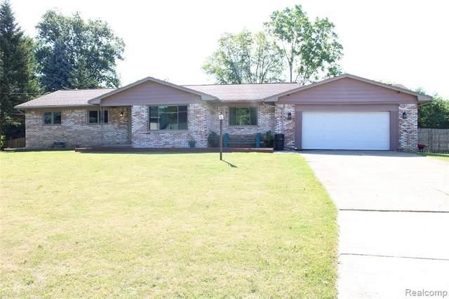 4283 Post Dr, Flint, MI 48532 (MLS #2200050972) :: Scot Brothers Real Estate