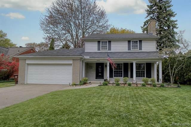 19983 E Doyle Place, Grosse Pointe Woods, MI 48236 (MLS #2200053235) :: Kelder Real Estate Group