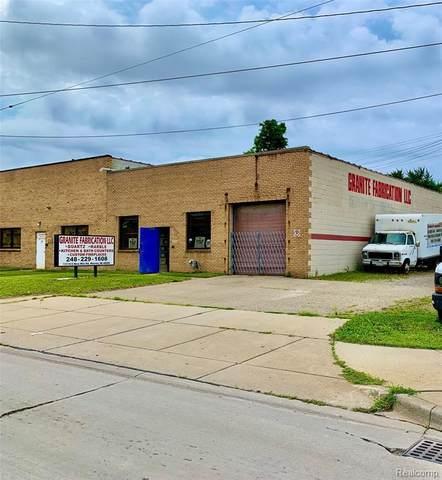 13110 E 9 MILE RD, Warren, MI 48089 (MLS #2200061712) :: The BRAND Real Estate