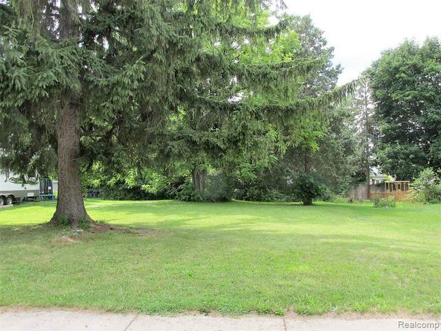 234 S Grand, Fowlerville, MI 48836 (MLS #2200061995) :: Scot Brothers Real Estate