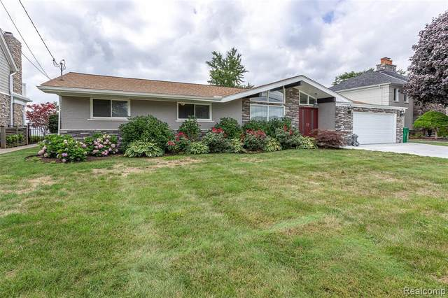 29331 S Seaway Crt, Harrison Twp, MI 48045 (MLS #2200062620) :: The Tom Lipinski Team at Keller Williams Lakeside Market Center
