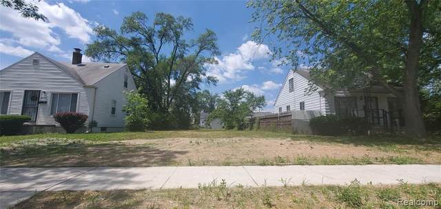 6762 Brace, Detroit, MI 48228 (MLS #2200061470) :: The BRAND Real Estate
