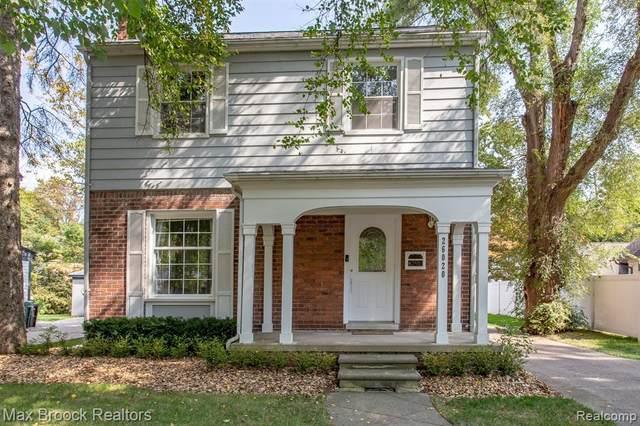 26020 Wyoming Rd, Huntington Woods, MI 48070 (MLS #2200078393) :: Scot Brothers Real Estate