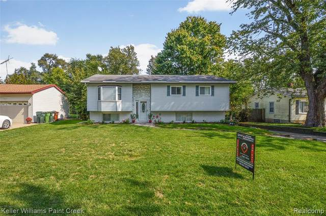47450 Pinecrest Dr, Shelby Twp, MI 48317 (MLS #2200079937) :: Scot Brothers Real Estate