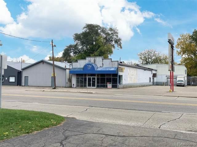 4211 Fenton Rd, Flint, MI 48507 (MLS #2200087297) :: Scot Brothers Real Estate