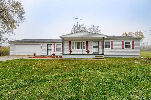 11238 Lapeer Rd, Davison, MI 48423 (MLS #2200088103) :: The Tom Lipinski Team at Keller Williams Lakeside Market Center
