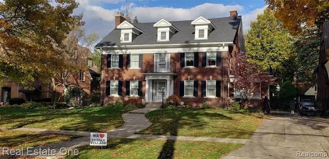 2480 Iroquois St, Detroit, MI 48214 (MLS #2200088451) :: Scot Brothers Real Estate