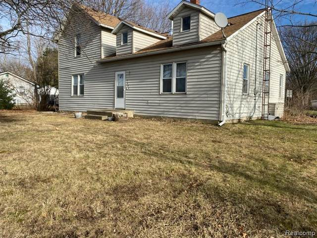 7440 N Genesee Rd, Genesee, MI 48437 (MLS #2200098988) :: The BRAND Real Estate