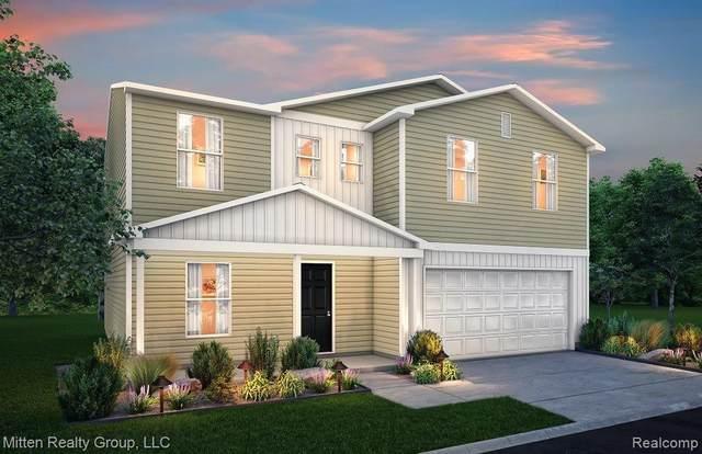240 Ash St, Corunna, MI 48817 (MLS #2210001276) :: Kelder Real Estate Group