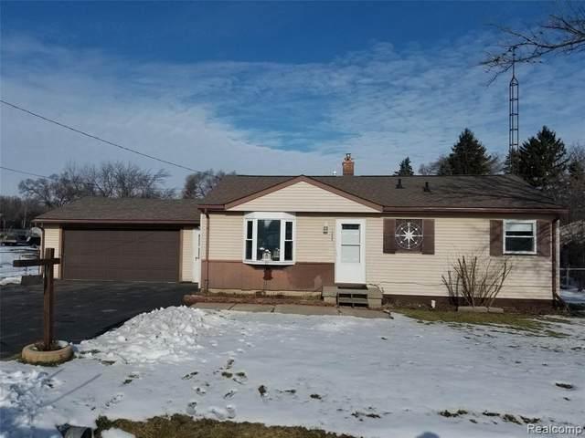1245 E Yale Ave, Flint, MI 48505 (MLS #2210002692) :: The BRAND Real Estate