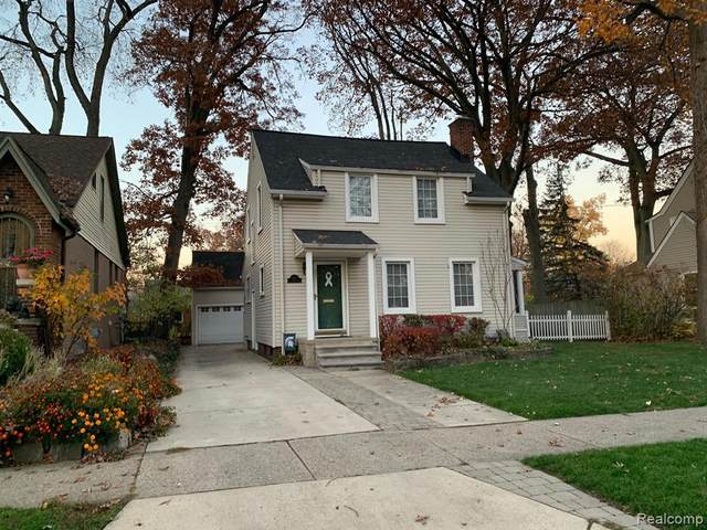 927 E 5TH ST, Royal Oak, MI 48067 (MLS #2210005068) :: The BRAND Real Estate