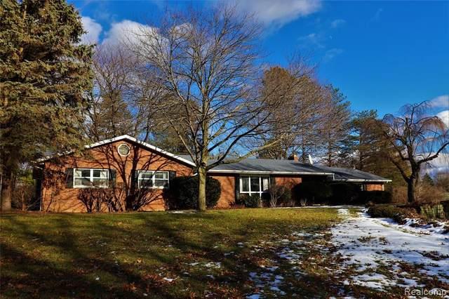1156 Dyemeadow Ln, Flint, MI 48532 (MLS #2210004652) :: The BRAND Real Estate