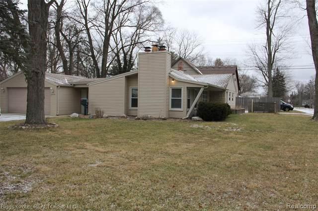 30406 Everett St, Southfield, MI 48076 (MLS #2210004700) :: The BRAND Real Estate