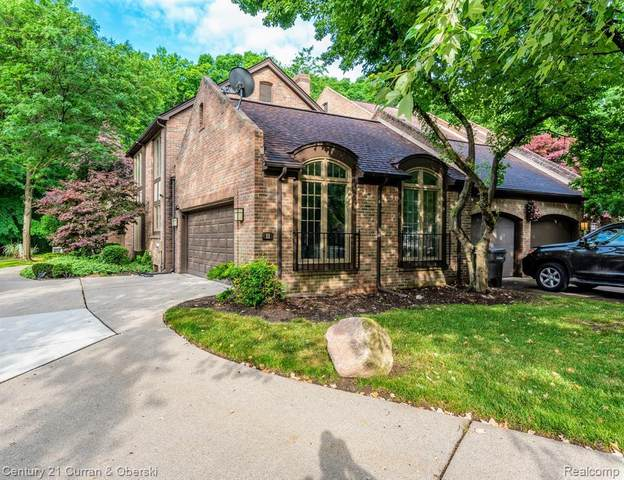 11 Timberlane Crt Unit#30-Bldg#30, Dearborn, MI 48126 (MLS #2210004520) :: The Tom Lipinski Team at Keller Williams Lakeside Market Center