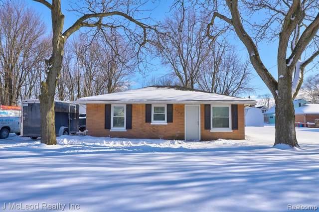 3530 Roosevelt Ave, Saginaw, MI 48604 (MLS #2210010737) :: The BRAND Real Estate