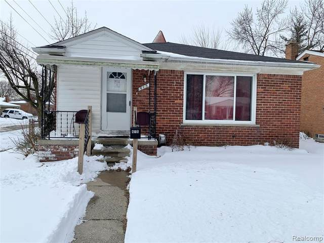 415 Belton St, Garden City, MI 48135 (MLS #2210010777) :: The BRAND Real Estate