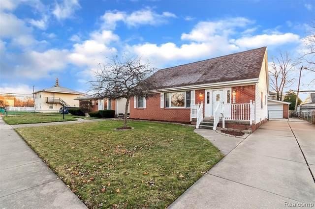 7086 Harrison St, Garden City, MI 48135 (MLS #2210011158) :: The BRAND Real Estate