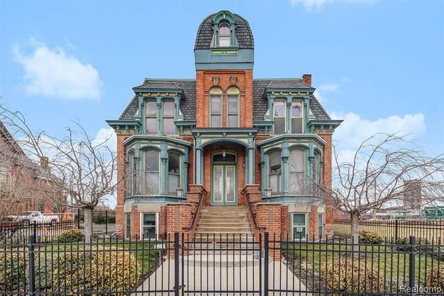 291 Edmund Plc Unit#1, Detroit, MI 48201 (MLS #2210011735) :: The BRAND Real Estate