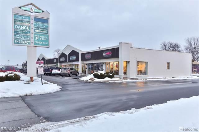 27561 Warren Rd, Garden City, MI 48135 (MLS #2210012035) :: The BRAND Real Estate