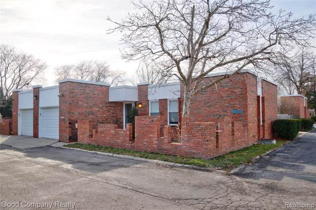2017 Hyde Park Rd, Detroit, MI 48207 (MLS #2210012315) :: The BRAND Real Estate