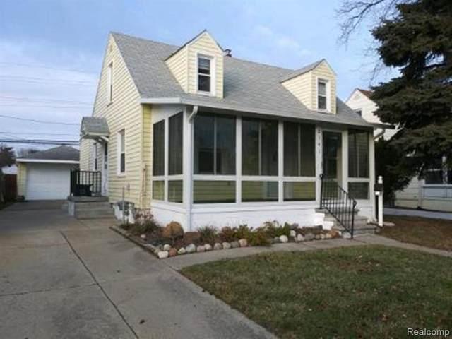 2141 Mahan St, Ferndale, MI 48220 (MLS #2210012429) :: The BRAND Real Estate