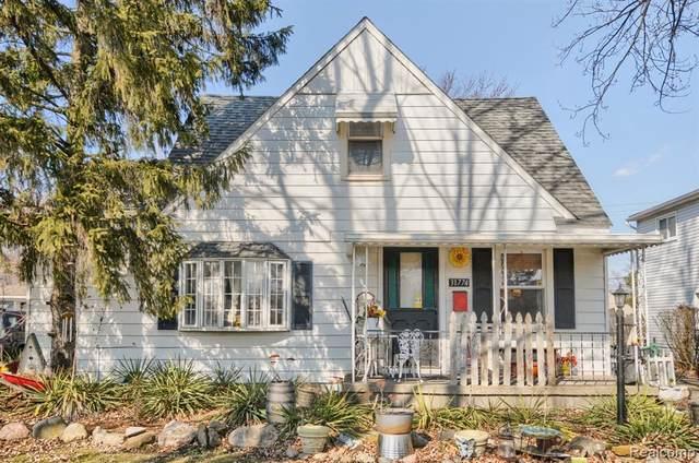 31774 Cherry Hill Rd, Garden City, MI 48135 (MLS #2210011528) :: The BRAND Real Estate