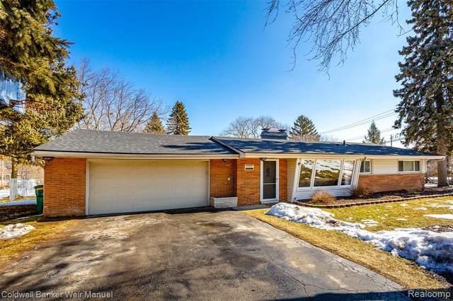24230 N Lebost, Novi, MI 48375 (MLS #2210011686) :: The BRAND Real Estate