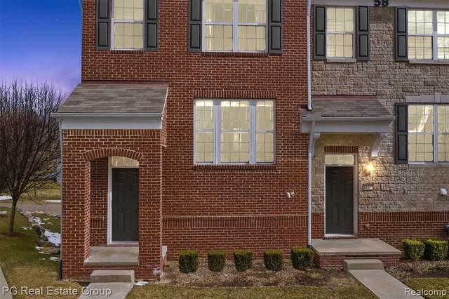 44521 Gwinnett Loop Unit#365-Bldg#5, Novi, MI 48377 (MLS #2210012313) :: The BRAND Real Estate