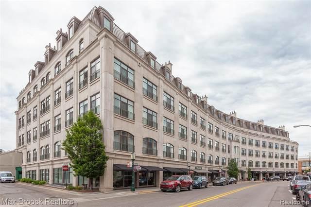 111 Willits St Apt 301, Birmingham, MI 48009 (MLS #2210013577) :: The BRAND Real Estate
