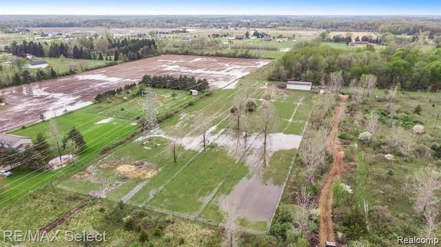 1139 N Mckinley Rd, Flushing, MI 48433 (MLS #2210013473) :: The BRAND Real Estate