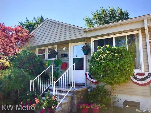 550 Camden St, Ferndale, MI 48220 (MLS #2210013186) :: The BRAND Real Estate