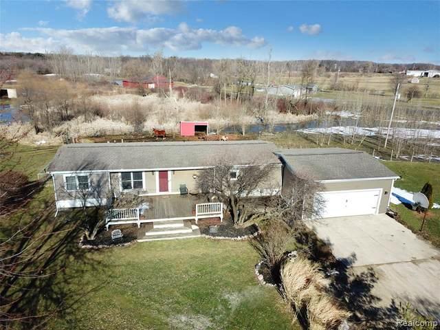 9160 Sharp Rd, Swartz Creek, MI 48473 (MLS #2210012707) :: The BRAND Real Estate