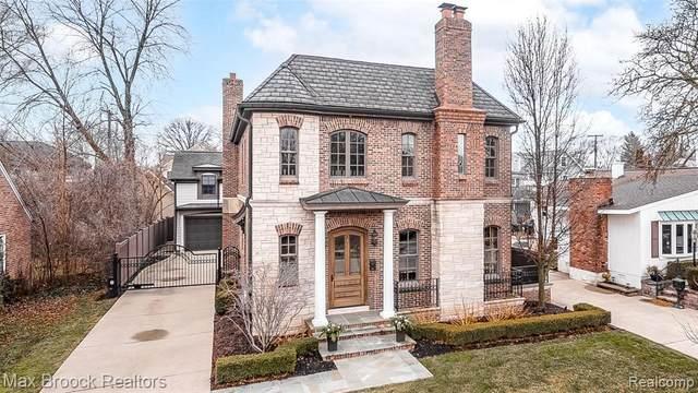 1650 Henrietta St, Birmingham, MI 48009 (MLS #2210013798) :: The BRAND Real Estate