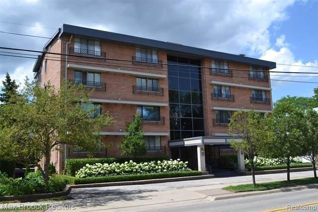 400 Southfield Rd Unit 1C, Birmingham, MI 48009 (MLS #2210013859) :: The BRAND Real Estate
